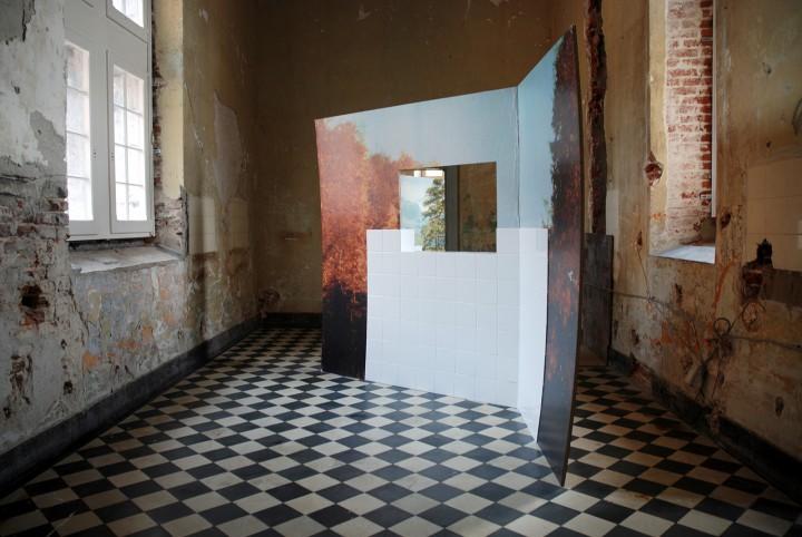 Kammerspiele 2012, exhibition view ManifestAanwezig, Kasteel D' Aspremont-Lynden, BE