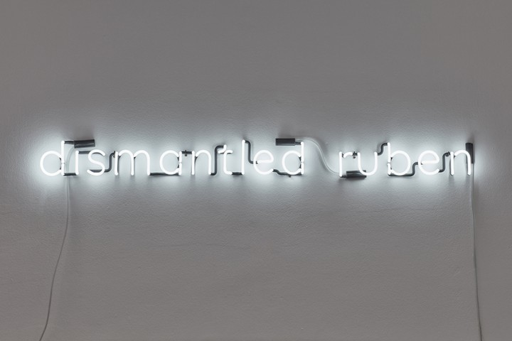 neon anagram Berndnaut Smilde - Dismantled Ruben
